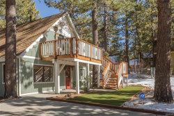 Photo of 39124 North Bay Drive, Big Bear Lake, CA 92315 (MLS # 32000021)