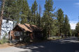 Photo of 872 Poplar Street, Big Bear Lake, CA 92315 (MLS # 32000162)