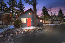 Photo of 443 Dixie Lane, Big Bear Lake, CA 92315 (MLS # 32000258)