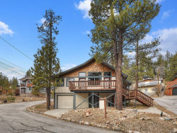 Photo of 707 Circle Lane, Big Bear Lake, CA 92315 (MLS # 32000456)