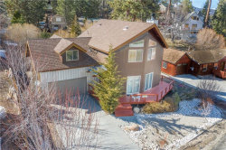 Photo of 954 Cameron Court, Big Bear Lake, CA 92315 (MLS # 32000474)
