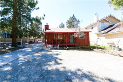 Photo of 130 Maple Lane, Sugarloaf, CA 92386 (MLS # 32000649)