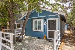 Photo of 319 Santa Barbara Avenue, Sugarloaf, CA 92386 (MLS # 32002124)
