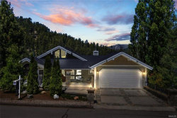 Photo of 599 Cove Drive, Big Bear Lake, CA 92315 (MLS # 32002142)