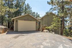 Photo of 2590 Valkyrie Drive, Running Springs, CA 92382 (MLS # 32002627)
