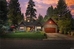Photo of 562 Vail Lane, Big Bear Lake, CA 92315 (MLS # 32003974)