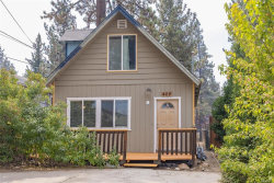 Photo of 428 West Country Club Boulevard, Big Bear City, CA 92314 (MLS # 32003976)