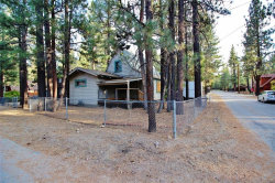 Photo of 1040 Robinhood Boulevard, Big Bear City, CA 92314 (MLS # 32003985)