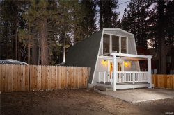 Photo of 814 Robinhood Boulevard, Big Bear City, CA 92314 (MLS # 32004014)