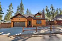 Photo of 440 Ashwood Drive, Big Bear City, CA 92314 (MLS # 32005323)