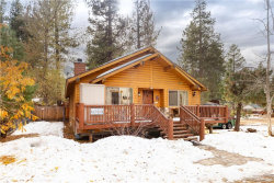 Photo of 39233 Willow Landing Road, Big Bear Lake, CA 92315 (MLS # 32006458)