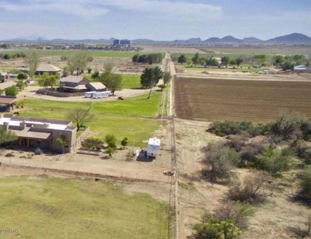 Photo for 0 W Red Fern Road, Lot 5, San Tan Valley, AZ 85140 (MLS # 5548611)