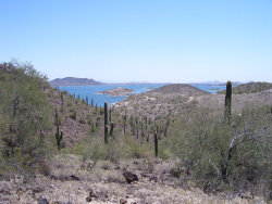 Photo of 0 N Castle Hot Spring Road, Lot 00 - 14 Acres, Morristown, AZ 85342 (MLS # 5952515)
