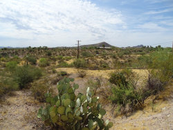 Photo of 0 Los Altos Drive, Lot 11, Wickenburg, AZ 85390 (MLS # 5958225)