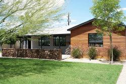 Photo of 840 W Earll Drive, Phoenix, AZ 85013 (MLS # 5295599)