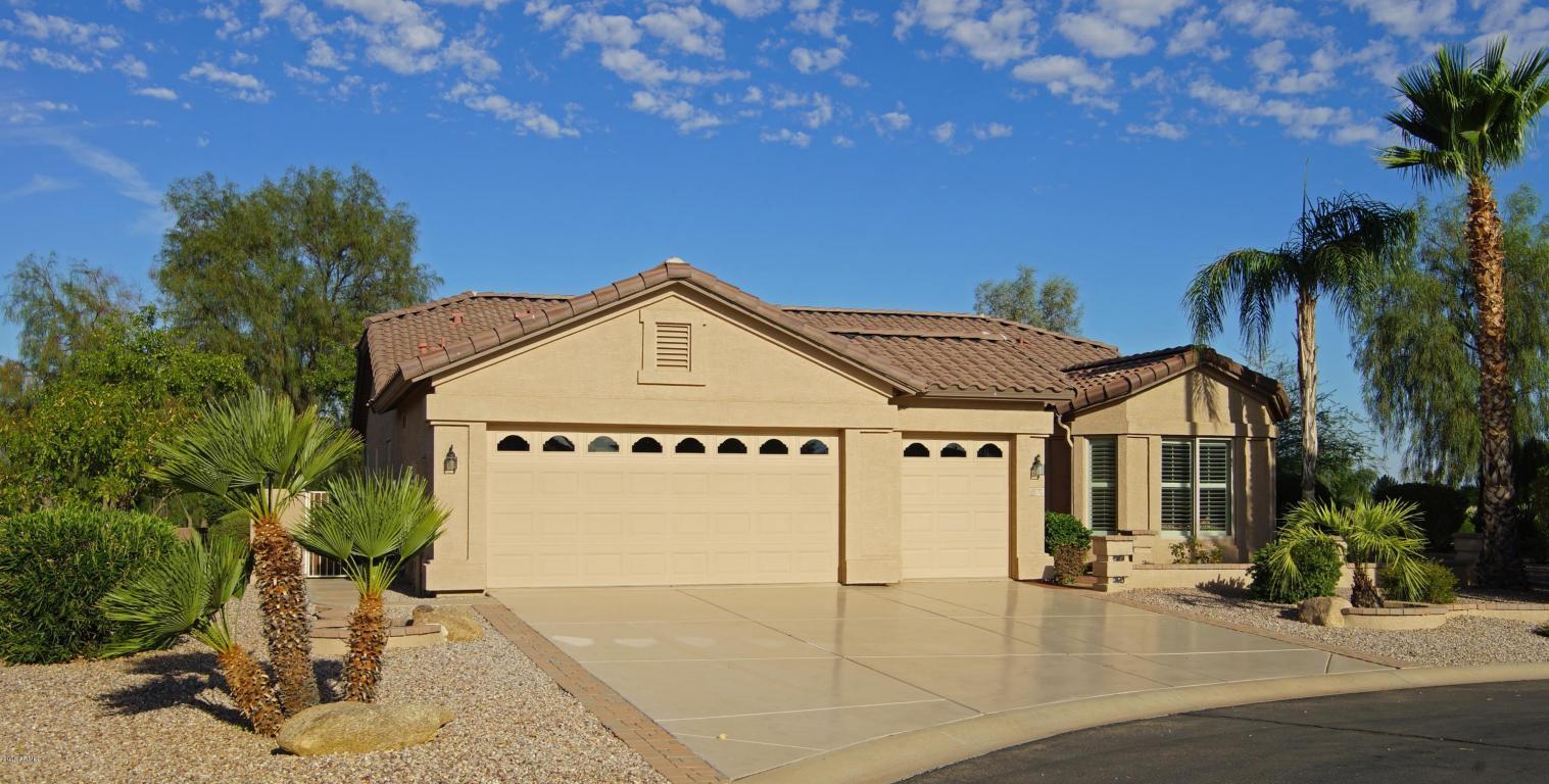 Photo for 6570 S Whetstone Place, Chandler, AZ 85249 (MLS # 5466146)