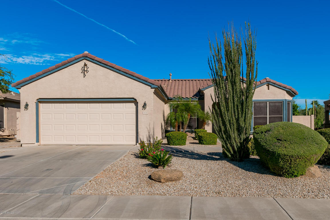 Photo for 3928 E Hazeltine Way, Chandler, AZ 85249 (MLS # 5509953)
