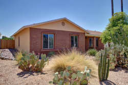 Photo of 911 W Morrow Drive, Phoenix, AZ 85027 (MLS # 5636376)
