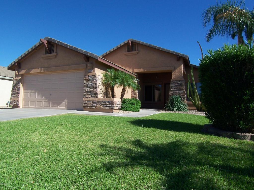Photo for 3130 E Cherry Hills Place, Chandler, AZ 85249 (MLS # 5648241)