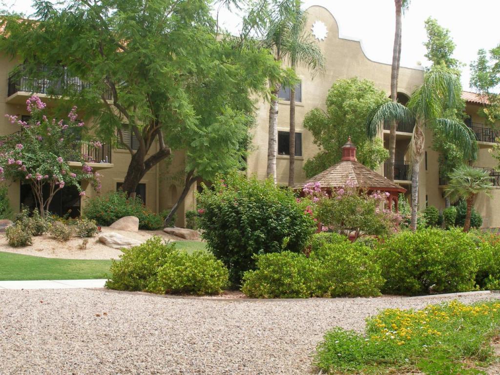 Photo for 10330 W Thunderbird Boulevard, Unit A132, Sun City, AZ 85351 (MLS # 5669352)