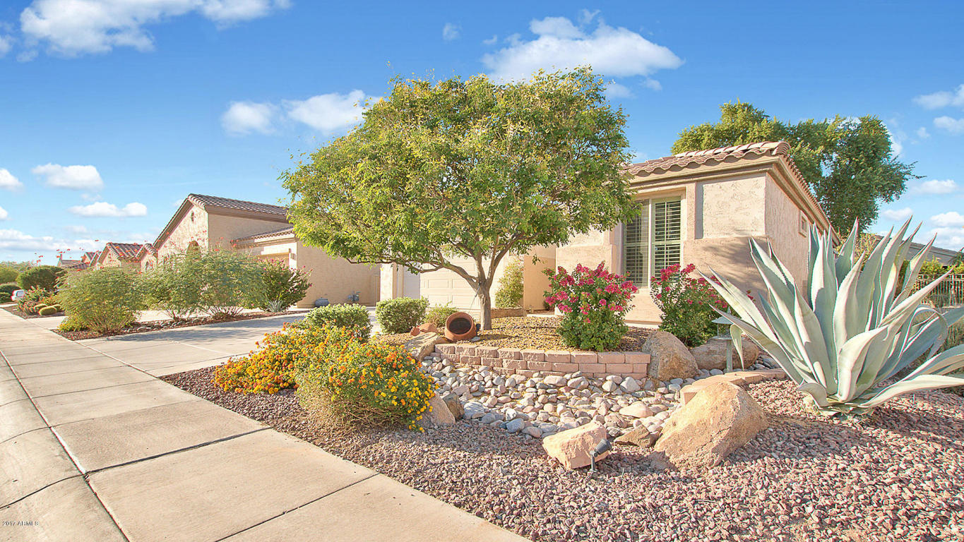 Photo for 4084 E Azalea Drive, Gilbert, AZ 85298 (MLS # 5673263)