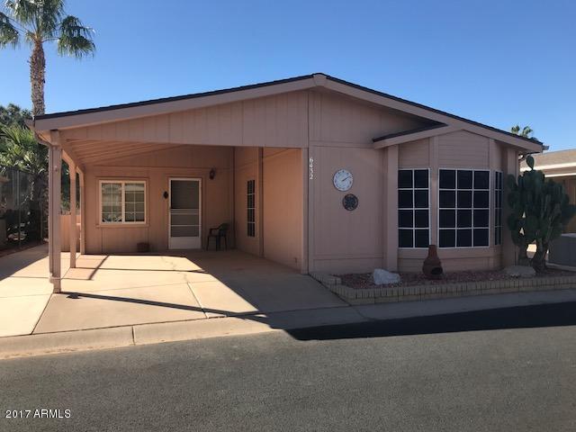 Photo for 6432 S Oakmont Drive, Chandler, AZ 85249 (MLS # 5689349)