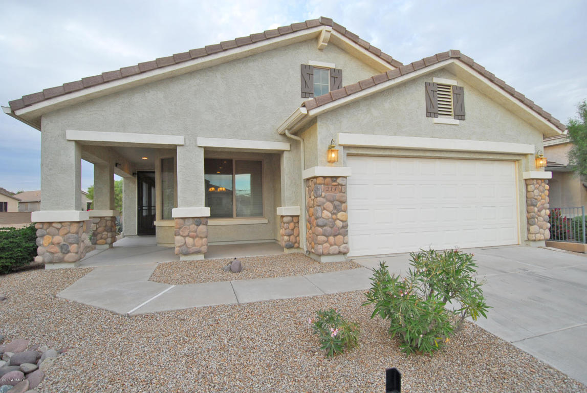 Photo for 214 W Twin Peaks Parkway, San Tan Valley, AZ 85143 (MLS # 5689624)