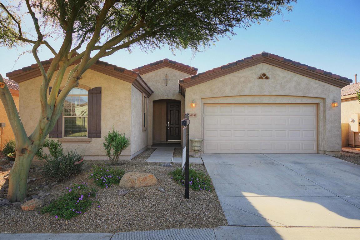 Photo for 4657 E Sourwood Drive, Gilbert, AZ 85298 (MLS # 5696309)