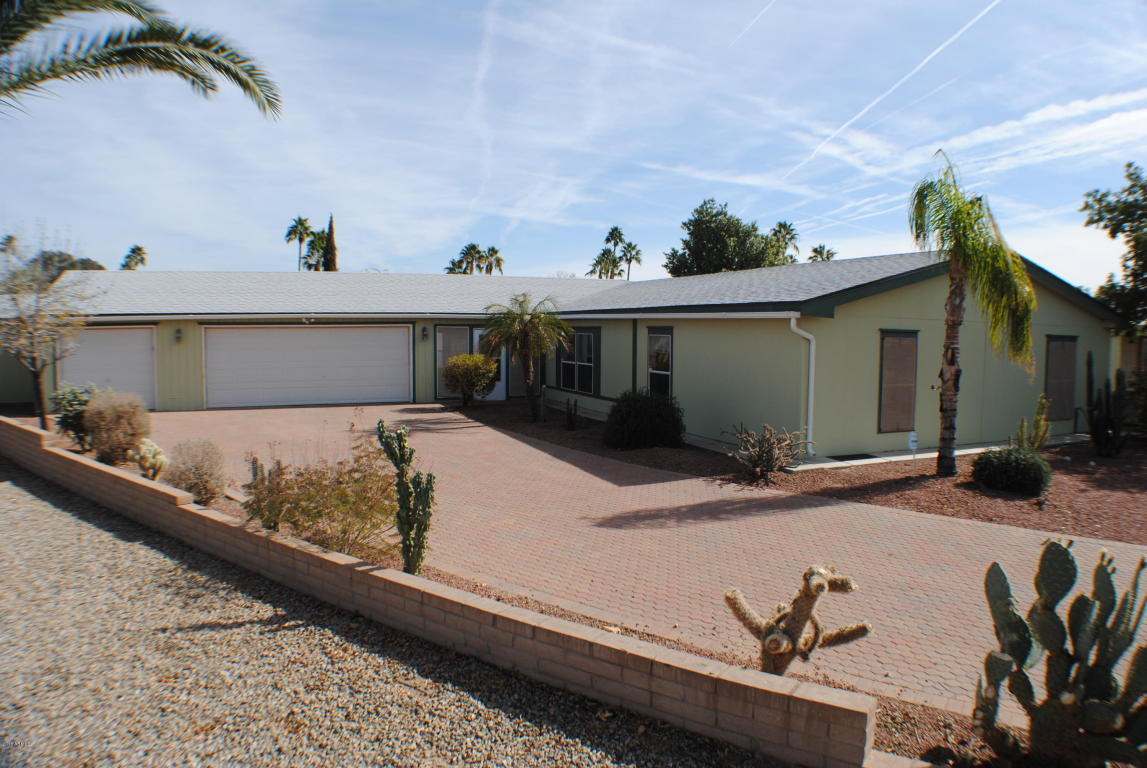 Photo for 26423 S Navajo Place, Sun Lakes, AZ 85248 (MLS # 5720390)
