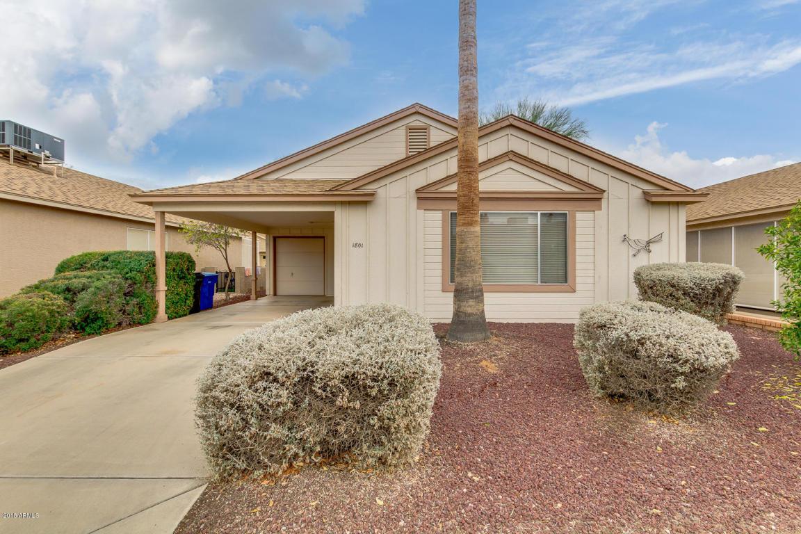 Photo for 1801 E Doral Drive, Chandler, AZ 85249 (MLS # 5725773)