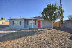 Photo of 2037 E Alta Vista Road, Phoenix, AZ 85042 (MLS # 5737325)