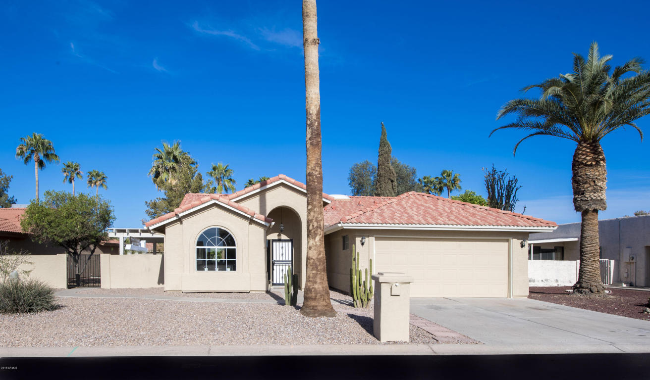 Photo for 25462 S Truro Drive, Sun Lakes, AZ 85248 (MLS # 5745942)