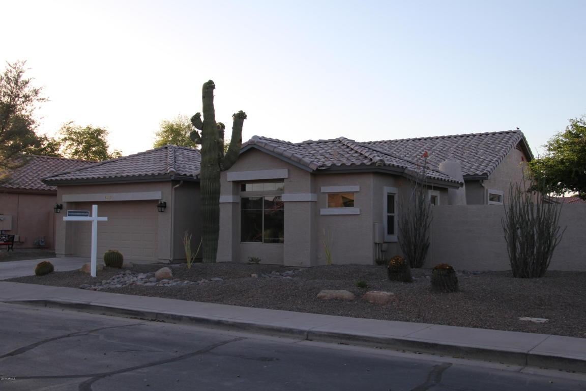 Photo for 4128 E Walnut Road, Gilbert, AZ 85298 (MLS # 5759851)