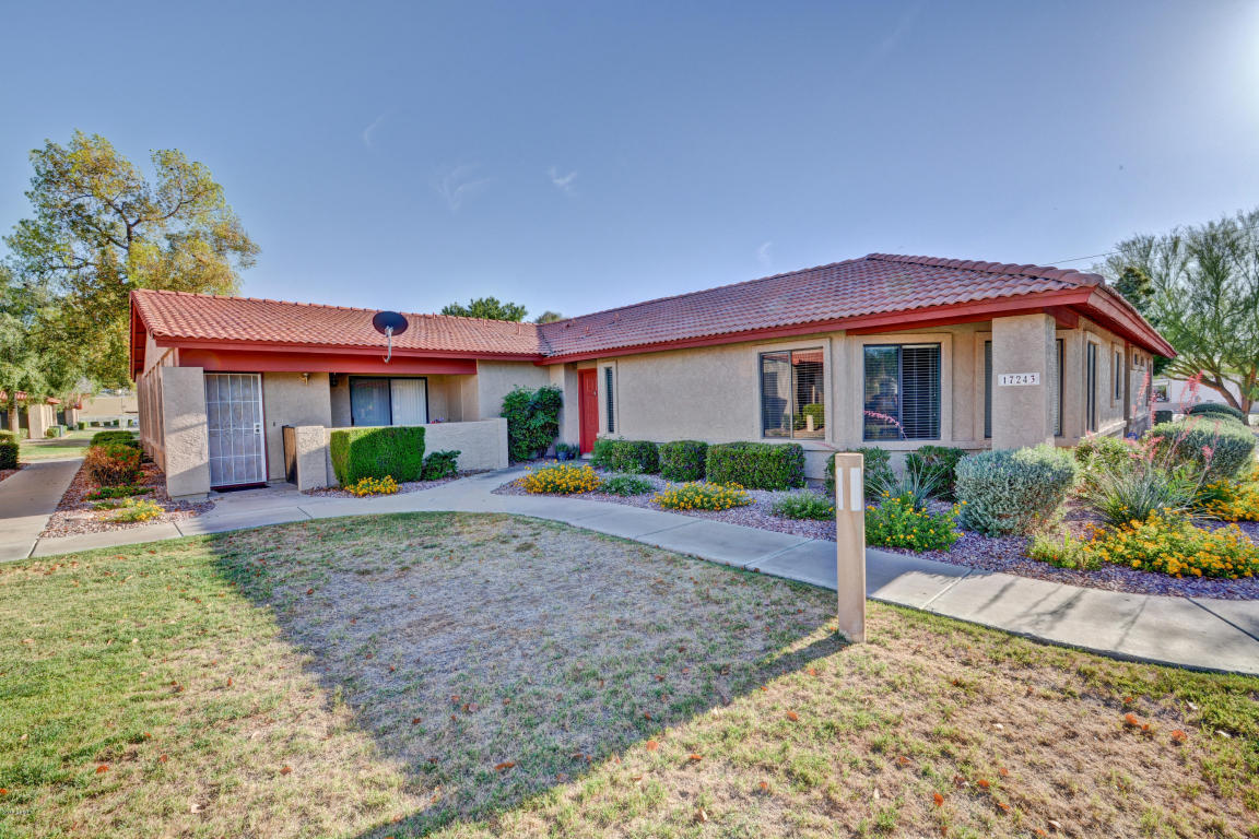 Photo for 17243 N 16 Street N, Unit 3, Phoenix, AZ 85022 (MLS # 5765438)