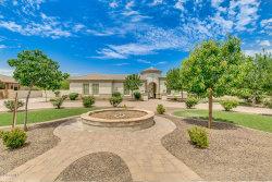 Photo of 6544 S Oakwood Way, Gilbert, AZ 85298 (MLS # 5782255)