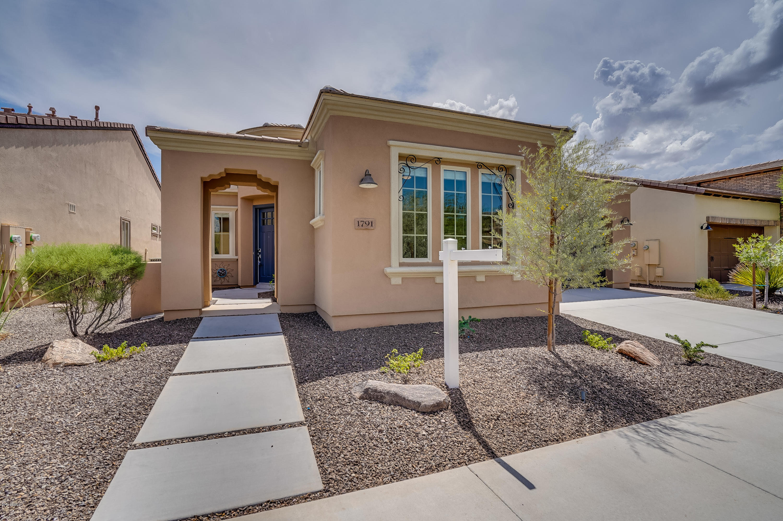Photo for 1791 E Tangelo Place, San Tan Valley, AZ 85140 (MLS # 5810703)