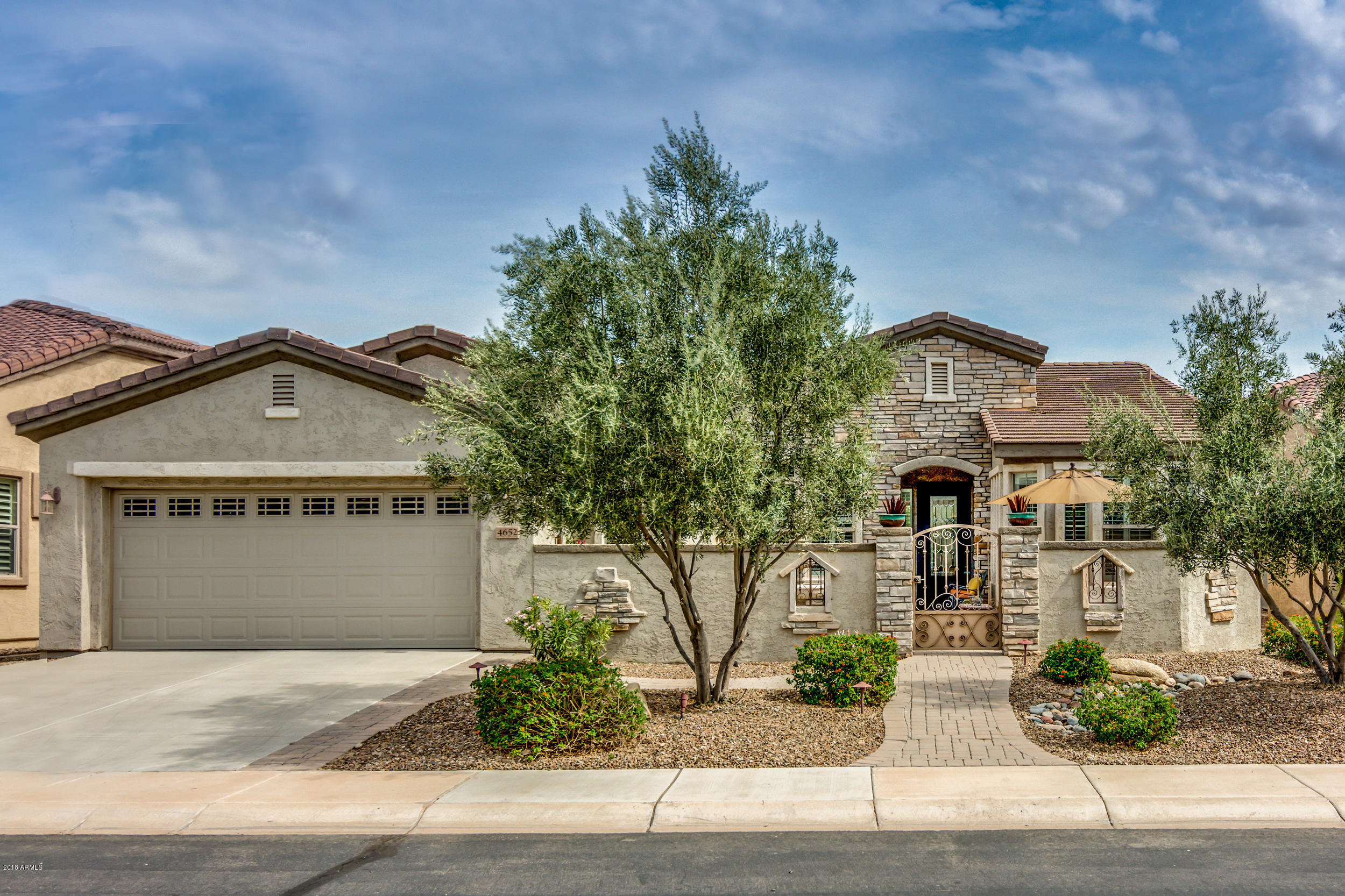 Photo for 4652 E Donato Drive, Gilbert, AZ 85298 (MLS # 5811085)