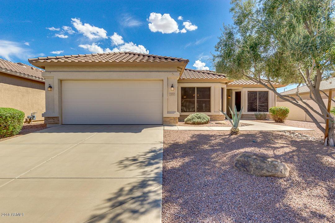 Photo for 3051 E County Down Drive, Chandler, AZ 85249 (MLS # 5815911)