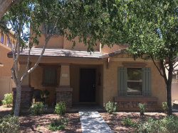 Photo of 1033 S Deerfield Lane, Gilbert, AZ 85296 (MLS # 5822443)