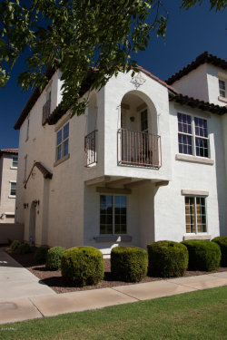 Photo of 3651 E Leslie Drive, Gilbert, AZ 85296 (MLS # 5824470)