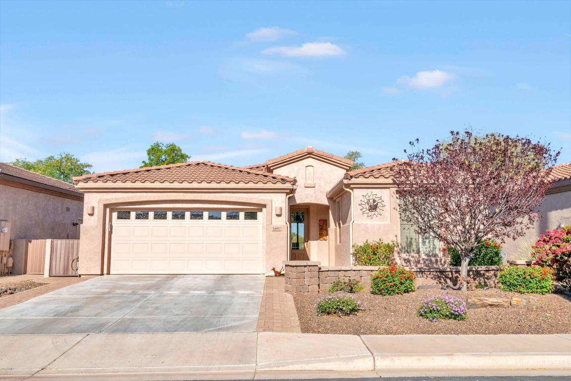 Photo for 5492 S Peachwood Drive, Gilbert, AZ 85298 (MLS # 5833476)