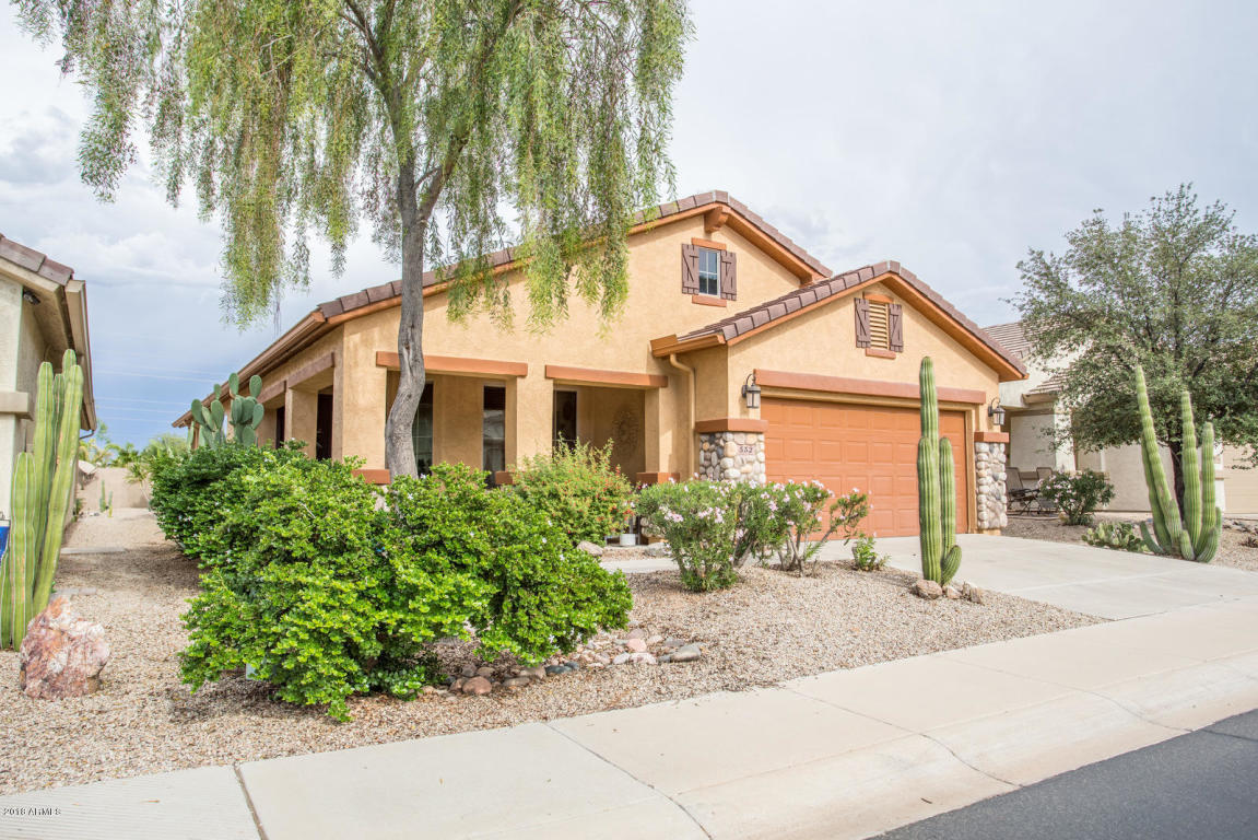 Photo for 552 W Twin Peaks Parkway, San Tan Valley, AZ 85143 (MLS # 5838440)