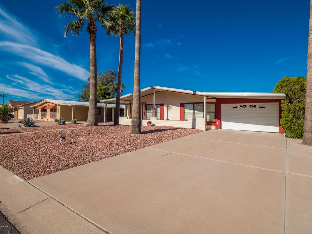 Photo for 9045 E Sun Lakes Boulevard S, Sun Lakes, AZ 85248 (MLS # 5842063)