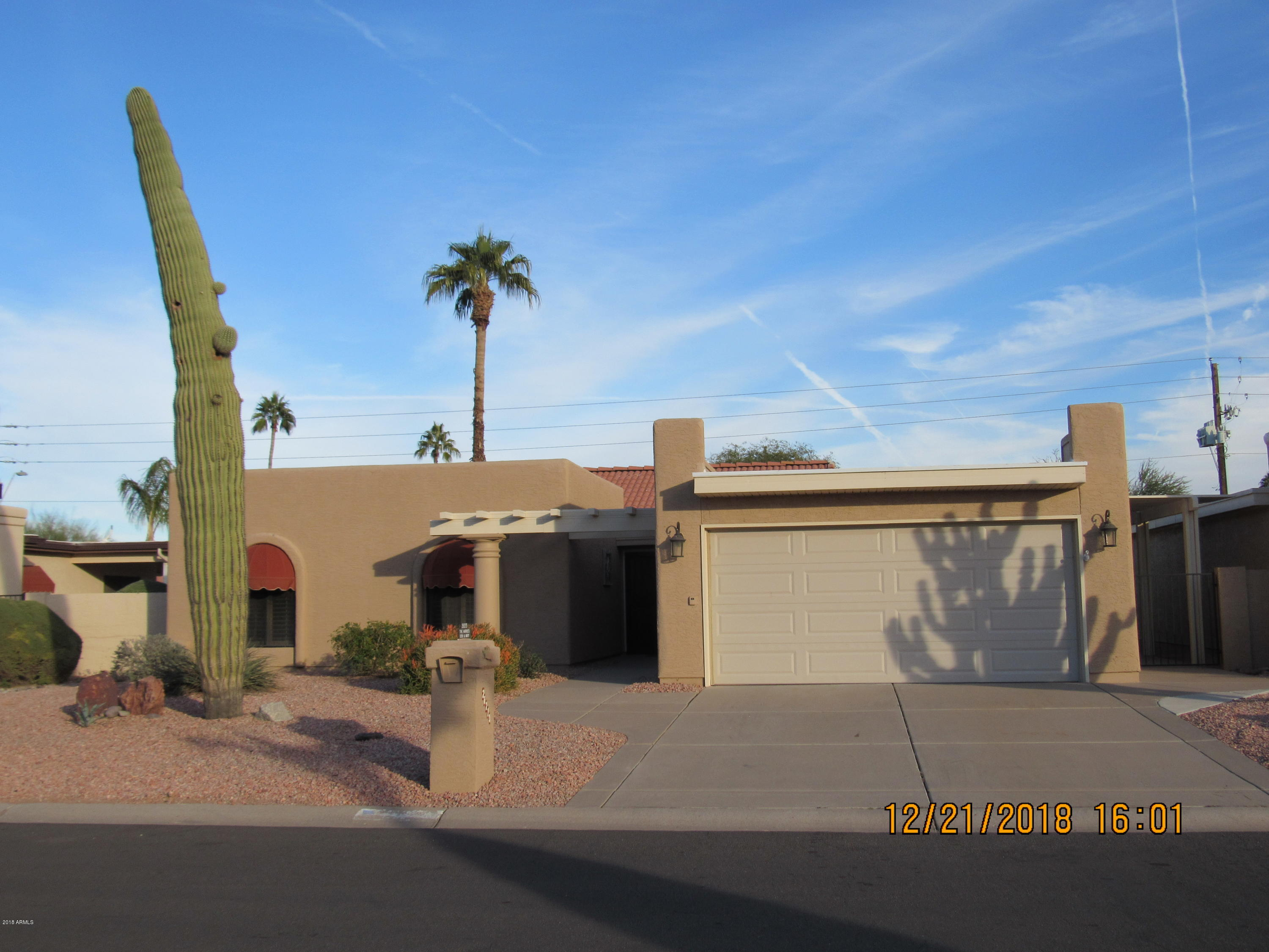 Photo for 26213 S Saddletree Drive, Unit 18, Sun Lakes, AZ 85248 (MLS # 5859977)