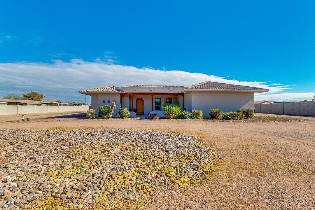 Photo for 302 N Colorado Street, Casa Grande, AZ 85122 (MLS # 5863288)