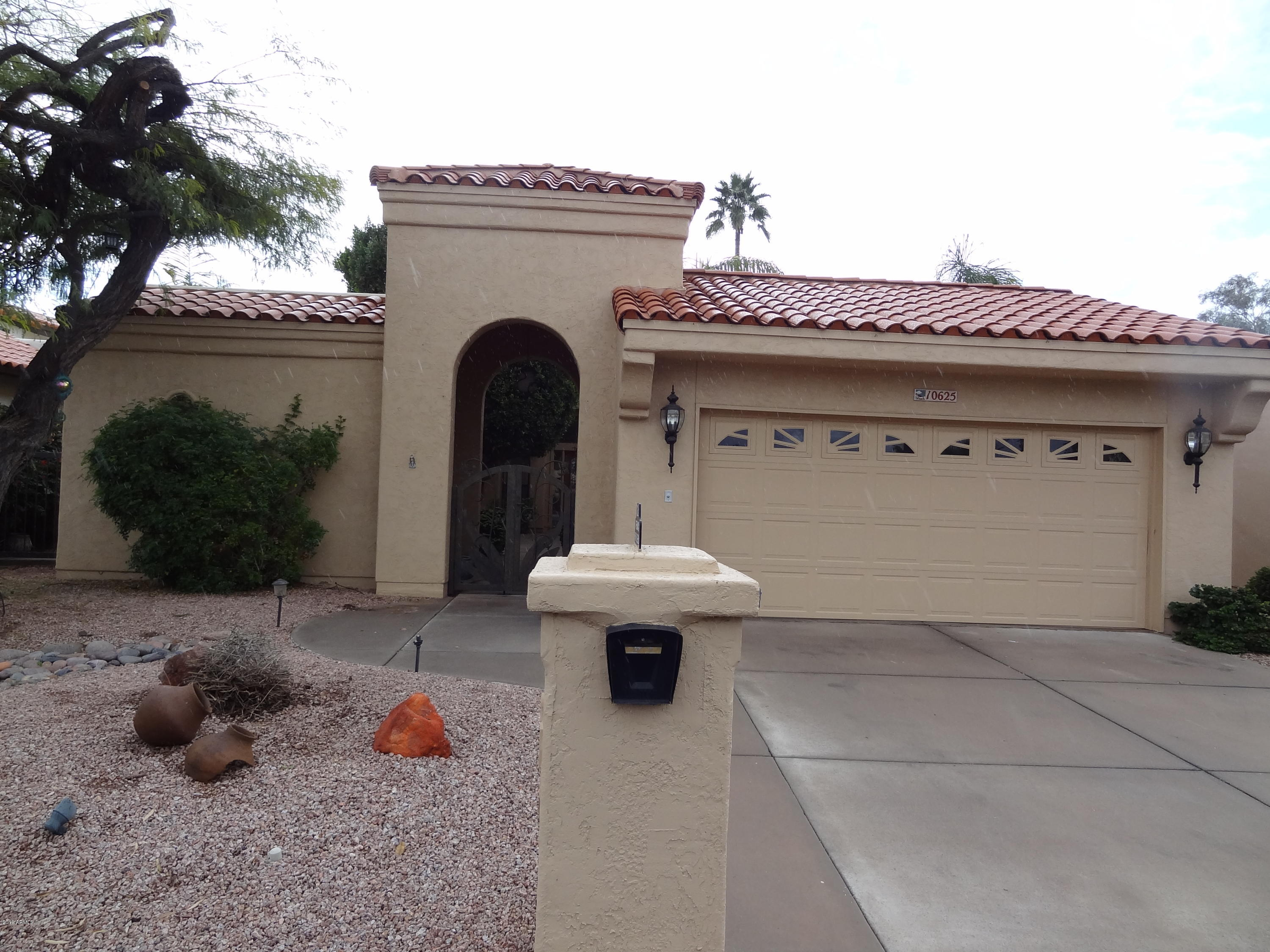 Photo for 10625 E Minnesota Avenue, Sun Lakes, AZ 85248 (MLS # 5877805)