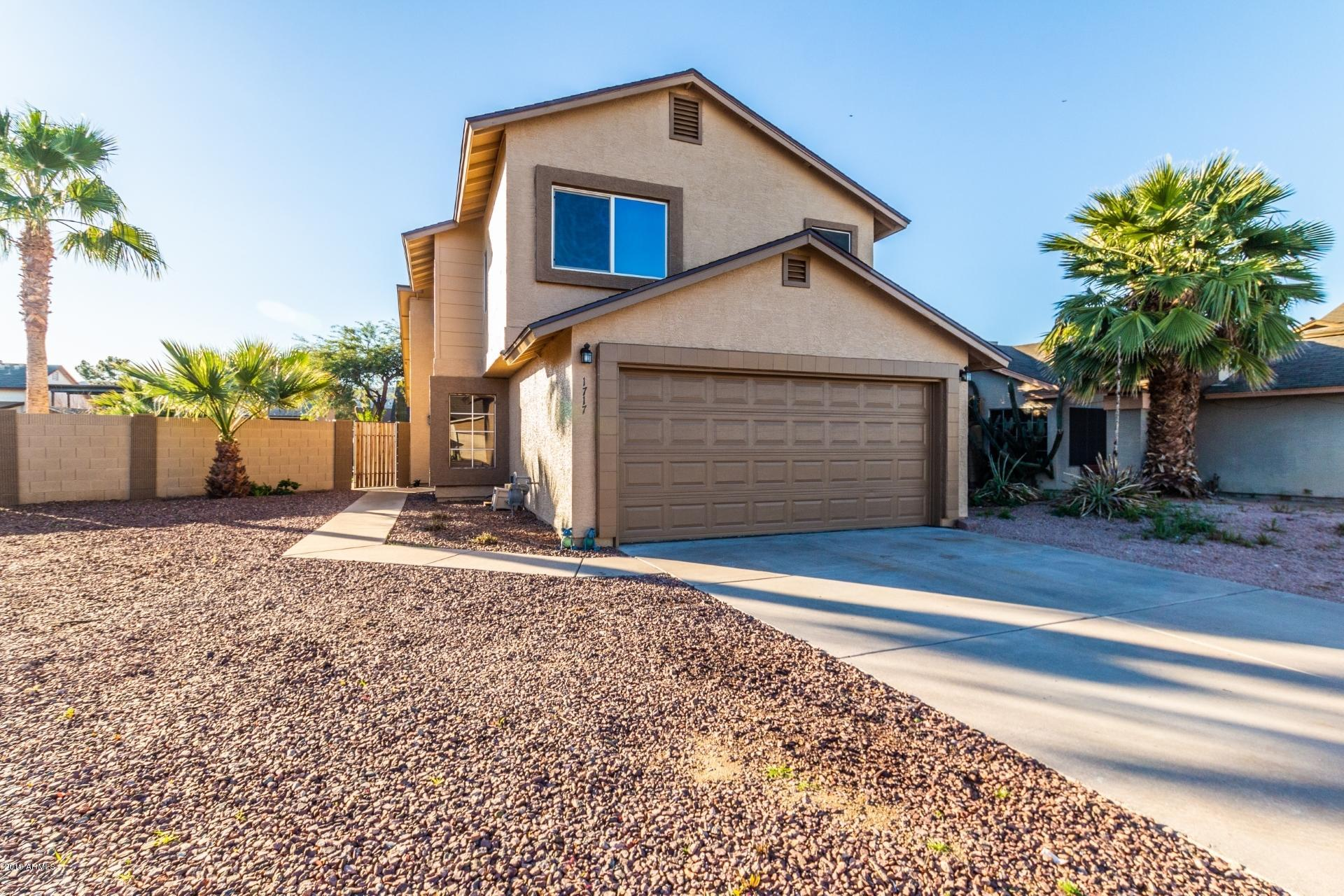 Photo for 1717 E Greenway Circle, Phoenix, AZ 85042 (MLS # 5880399)