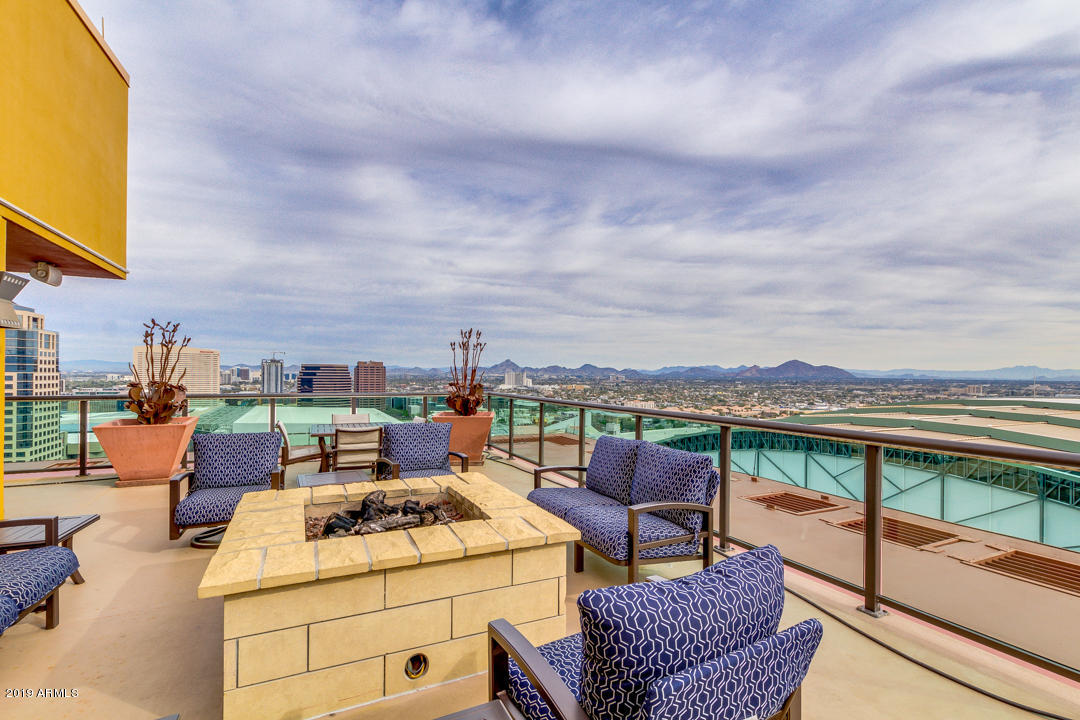 Photo for 310 S 4th Street, Unit 1603, Phoenix, AZ 85004 (MLS # 5881837)