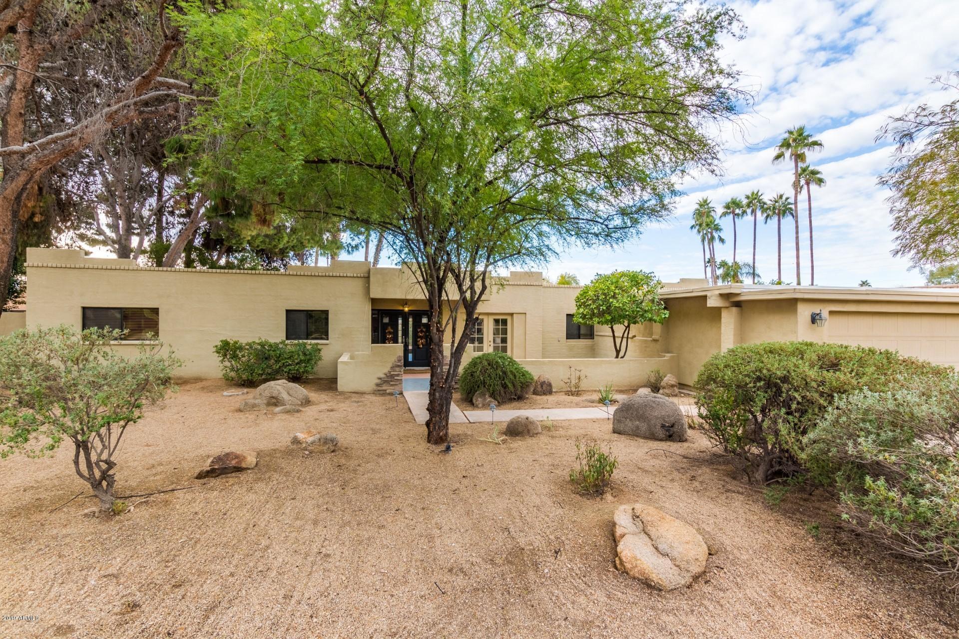 Photo for 215 W El Caminito Drive, Phoenix, AZ 85021 (MLS # 5896659)