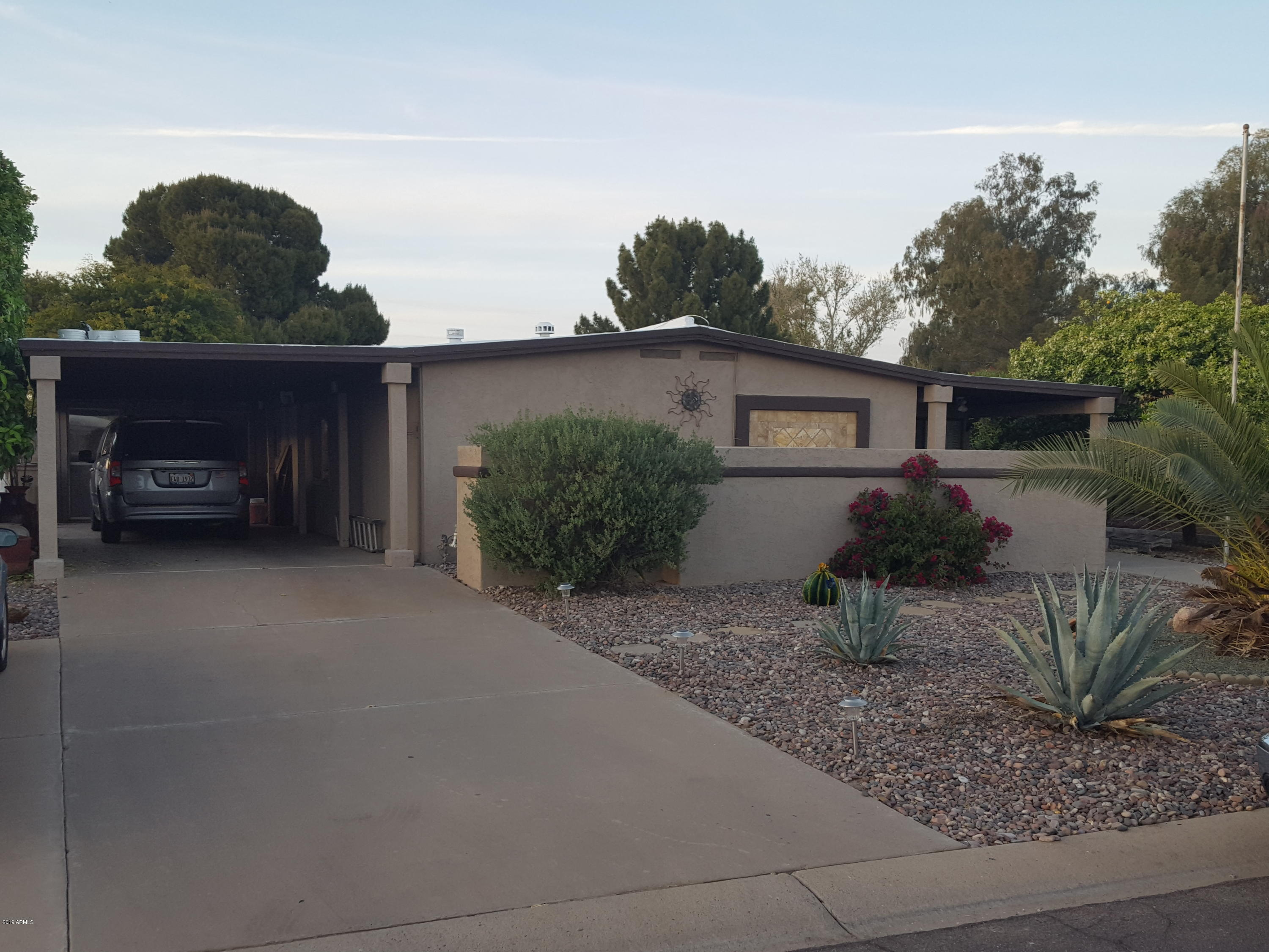 Photo for 9326 E Lakeside Drive, Sun Lakes, AZ 85248 (MLS # 5903746)